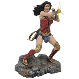 DC Gallery - JL Movie - Wonder Woman Bracelets Statue